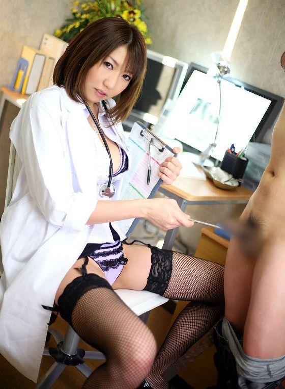 女医 コスプレ エロ画像 14