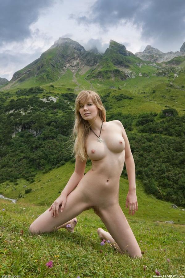 白人 大自然 ヌード エロ画像 24