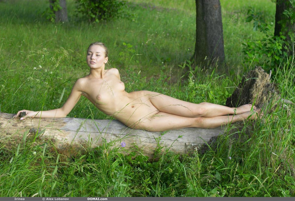 白人 大自然 ヌード エロ画像 30