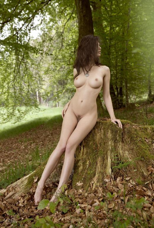 白人 大自然 ヌード エロ画像 37