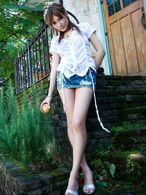 ミニスカート エロ画像 05