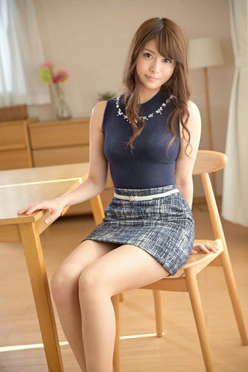 ミニスカート エロ画像 06