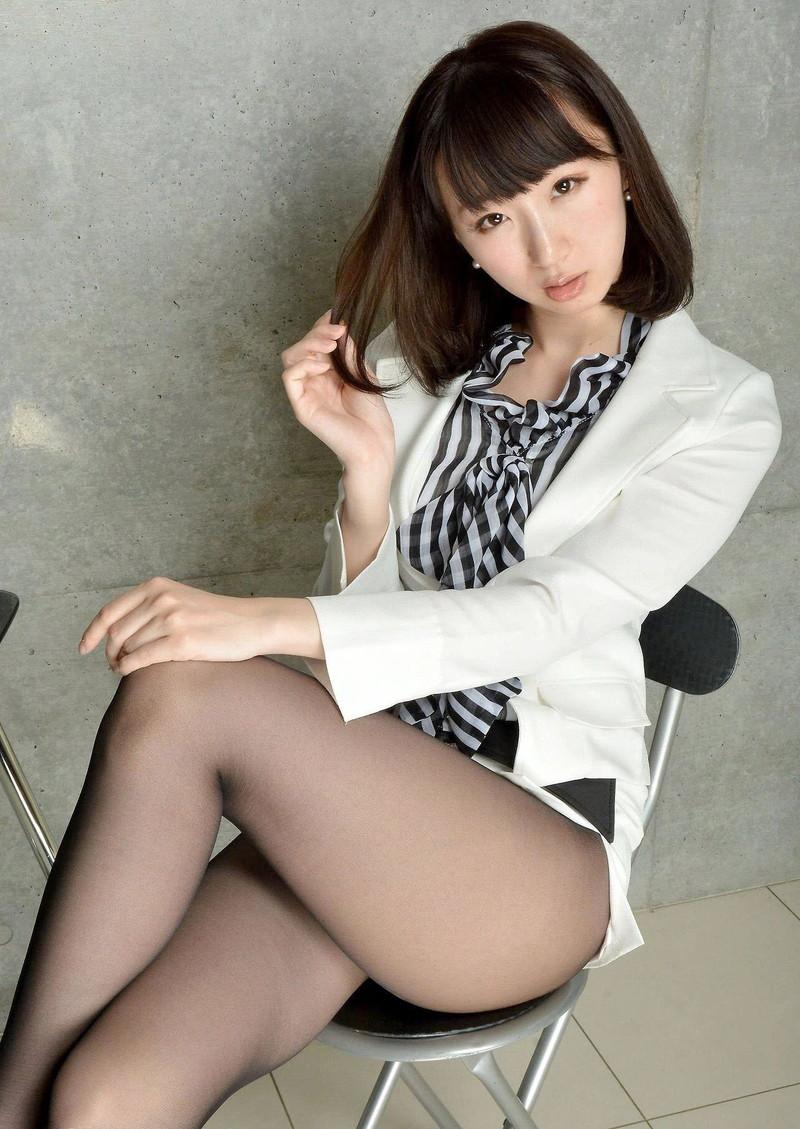 ミニスカート エロ画像 17
