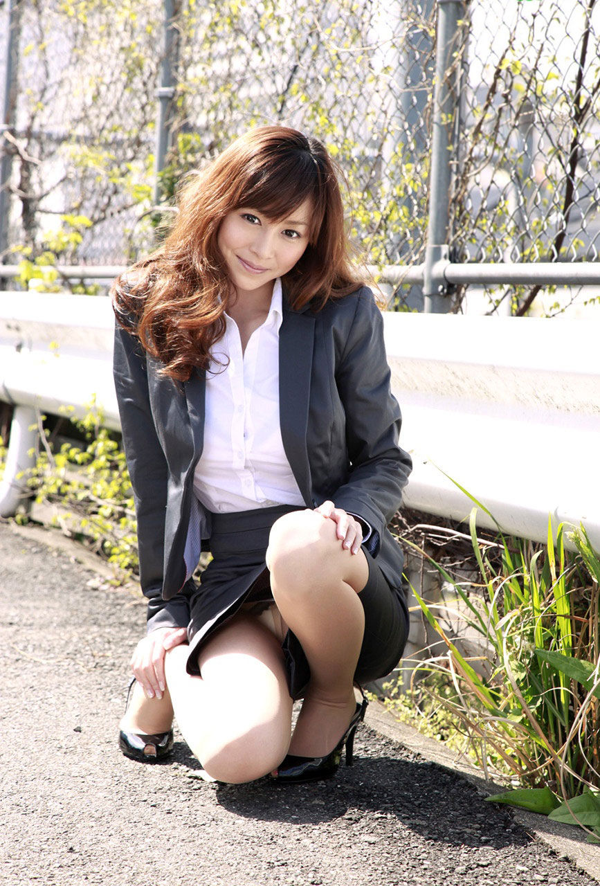 三次元 3次元 OL スーツ エロ画像 べっぴん娘通信 07