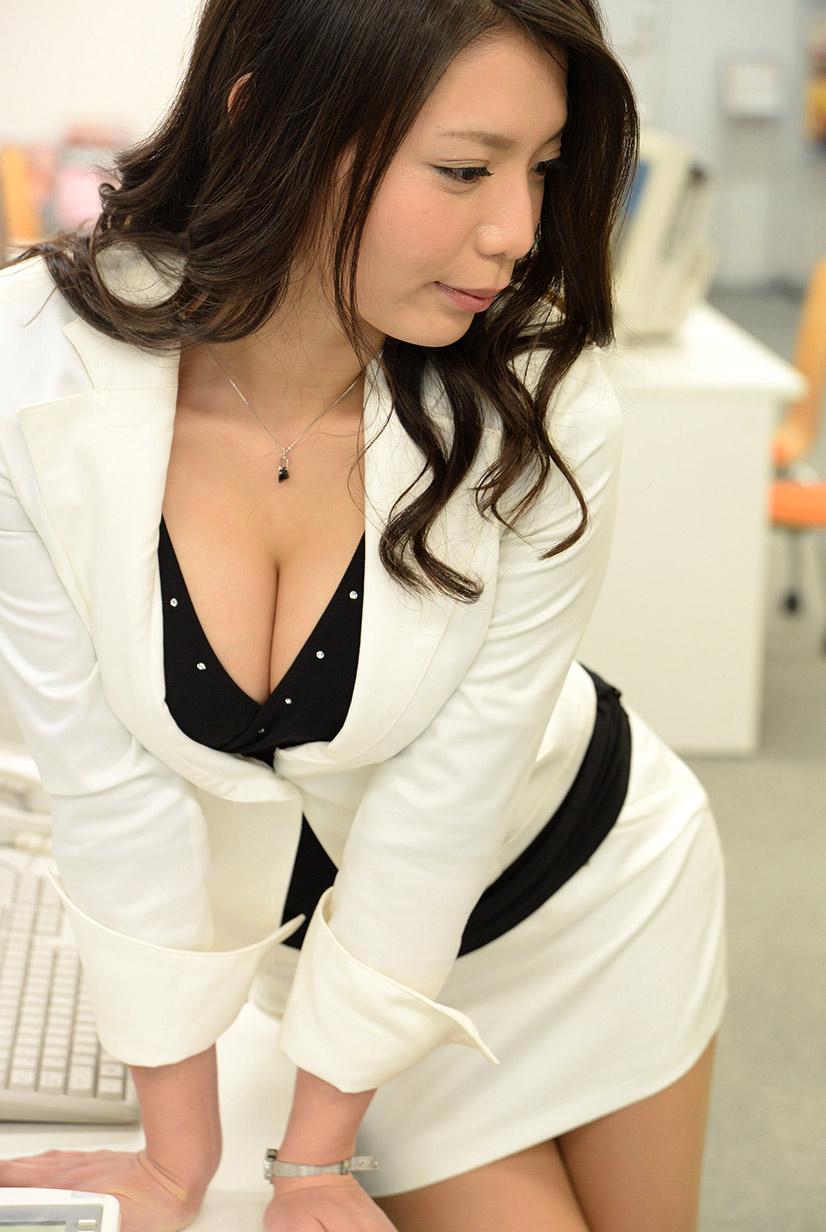 三次元 3次元 OL スーツ エロ画像 べっぴん娘通信 38