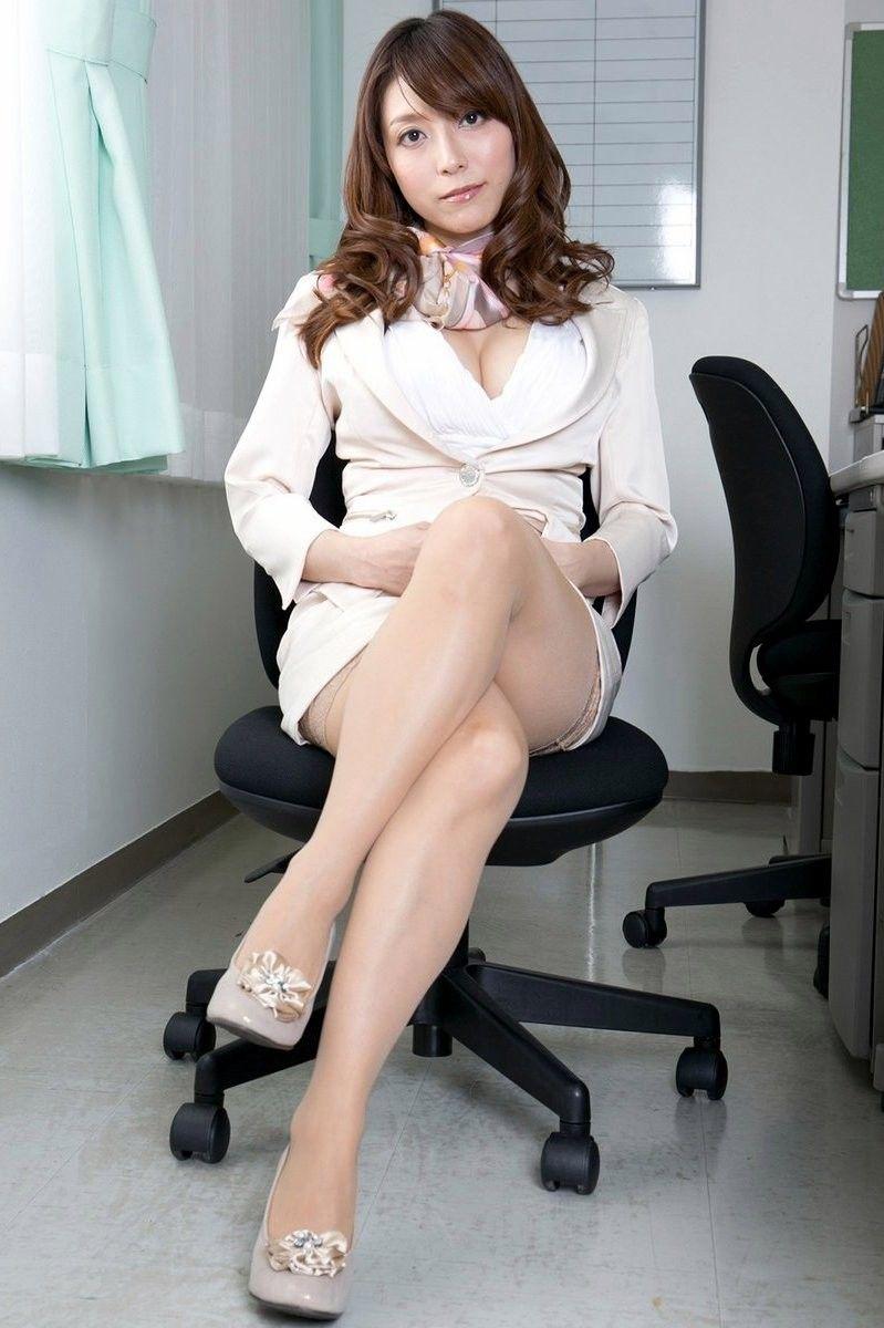 三次元 3次元 エロ画像  スーツ  スカートスーツ OL べっぴん娘通信 07