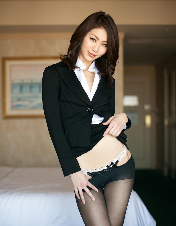 三次元 3次元 エロ画像  スーツ  スカートスーツ OL べっぴん娘通信 13