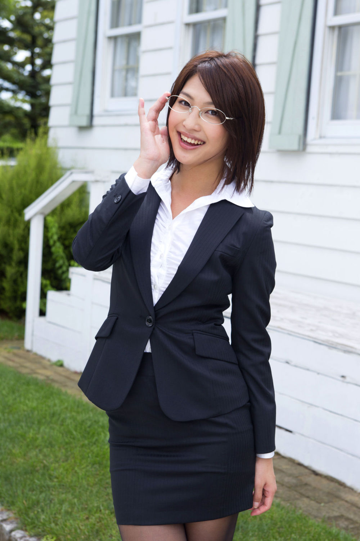 三次元 3次元 エロ画像  スーツ  スカートスーツ OL べっぴん娘通信 28