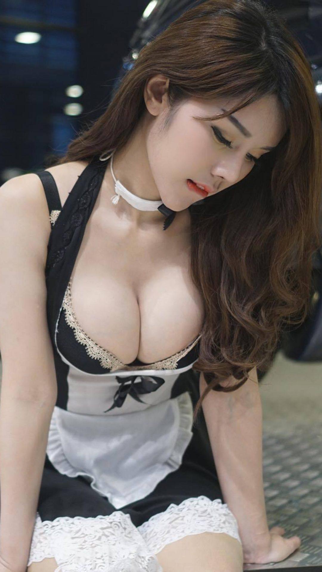 三次元 3次元 エロ画像  谷間 メイド べっぴん娘通信 14
