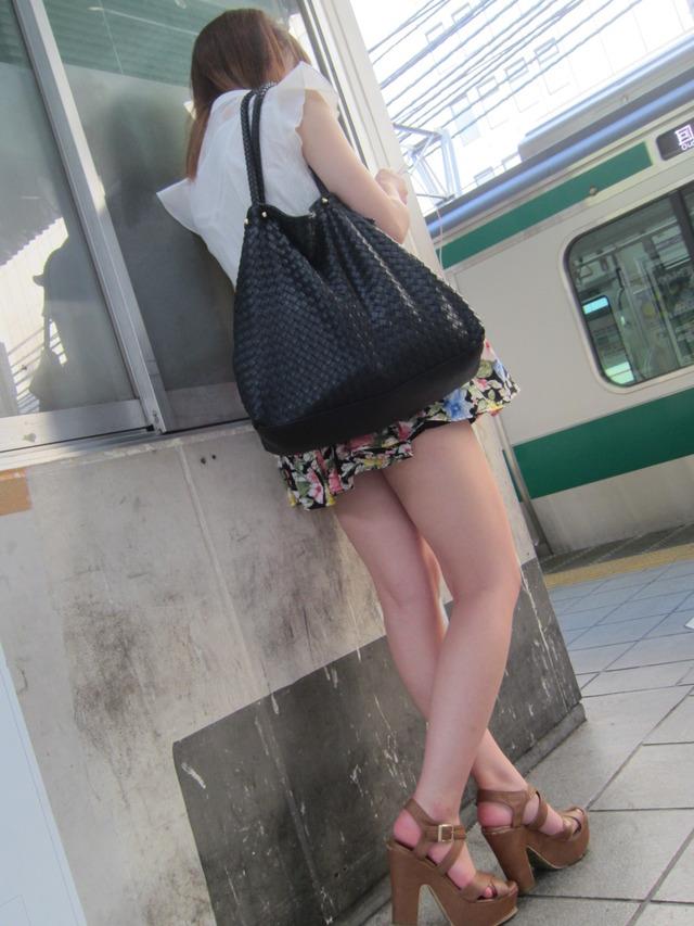 三次元 3次元 エロ画像 素人 美脚 街撮り べっぴん娘通信 01