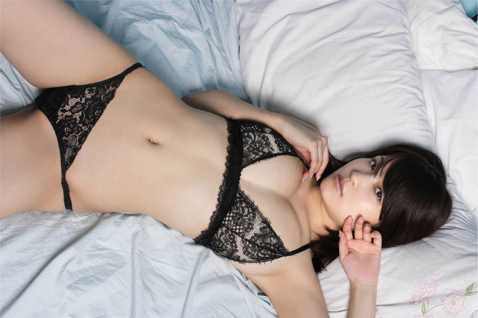 三次元 3次元 エロ画像 ベッド べっぴん娘通信 24