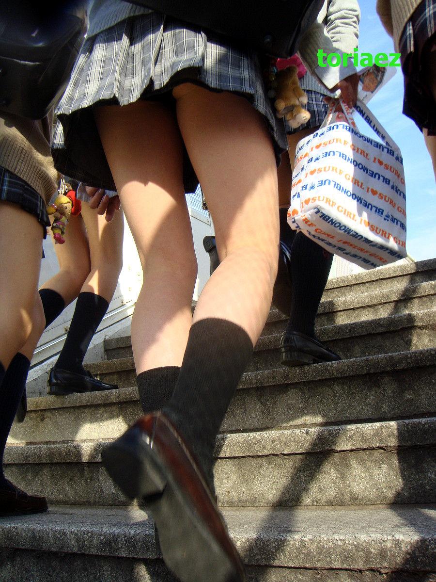 三次元 3次元 エロ画像 パンチラ 階段 べっぴん娘通信 07