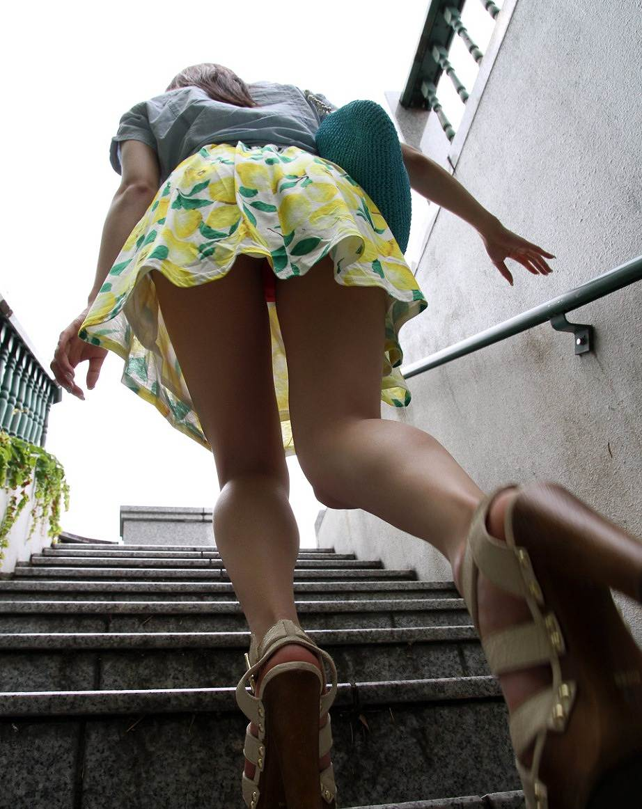 三次元 3次元 エロ画像 パンチラ 階段 べっぴん娘通信 08