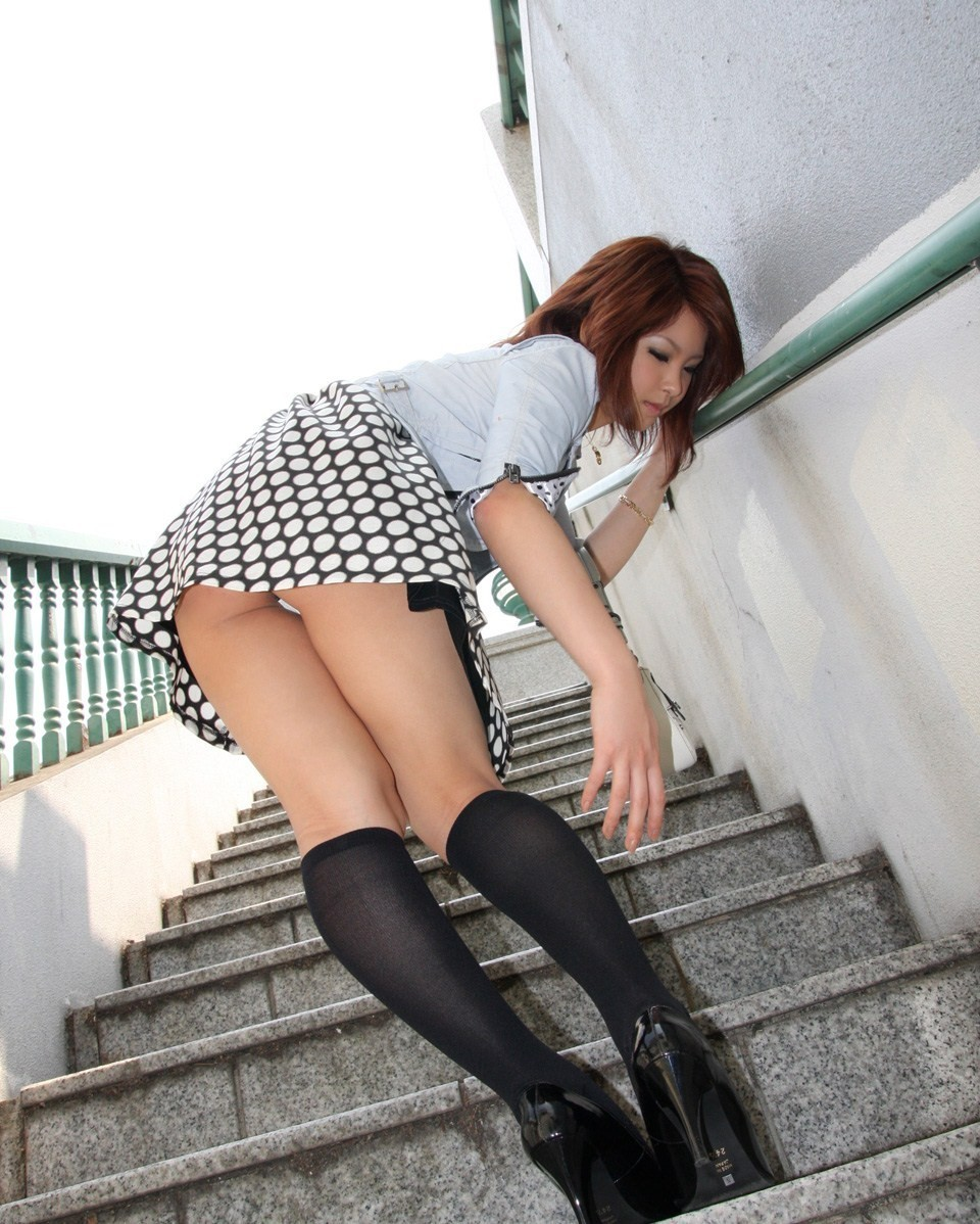 三次元 3次元 エロ画像 パンチラ 階段 べっぴん娘通信 31