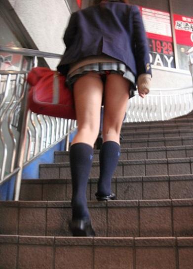 三次元 3次元 エロ画像 パンチラ 階段 べっぴん娘通信 32