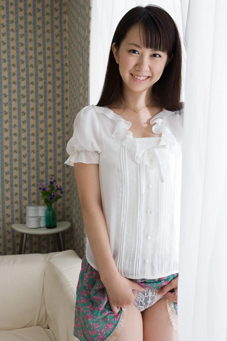 三次元 3次元 エロ画像 パンチラ スカート たくし上げ べっぴん娘通信 06