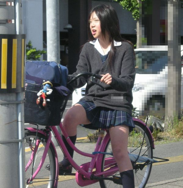 三次元 3次元 エロ画像 街撮り 素人 女子校生 JK 自転車 べっぴん娘通信 02