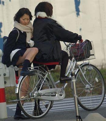 三次元 3次元 エロ画像 街撮り 素人 女子校生 JK 自転車 べっぴん娘通信 03
