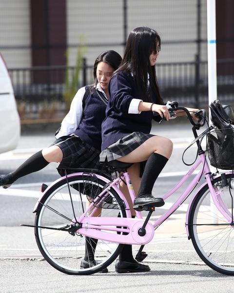 三次元 3次元 エロ画像 街撮り 素人 女子校生 JK 自転車 べっぴん娘通信 06