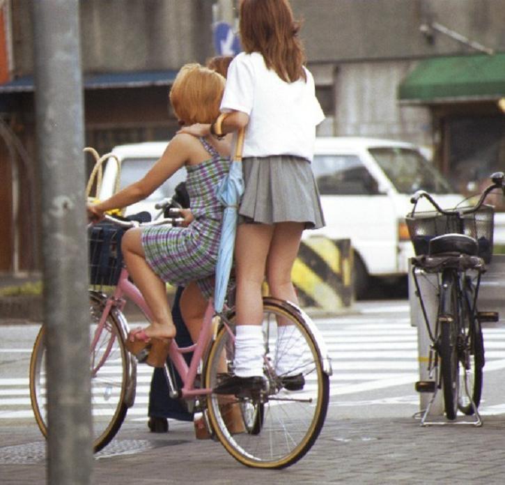 三次元 3次元 エロ画像 街撮り 素人 女子校生 JK 自転車 べっぴん娘通信 09