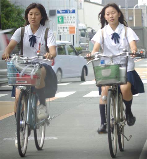 三次元 3次元 エロ画像 街撮り 素人 女子校生 JK 自転車 べっぴん娘通信 28