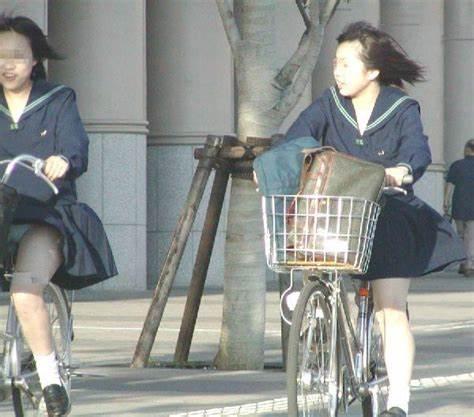 三次元 3次元 エロ画像 街撮り 素人 女子校生 JK 自転車 べっぴん娘通信 32