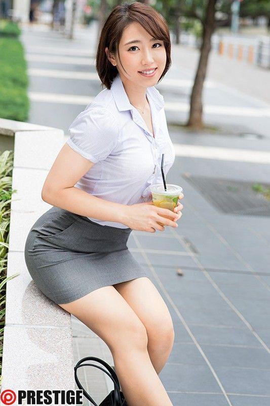 三次元 3次元 エロ画像  スーツ べっぴん娘通信 05