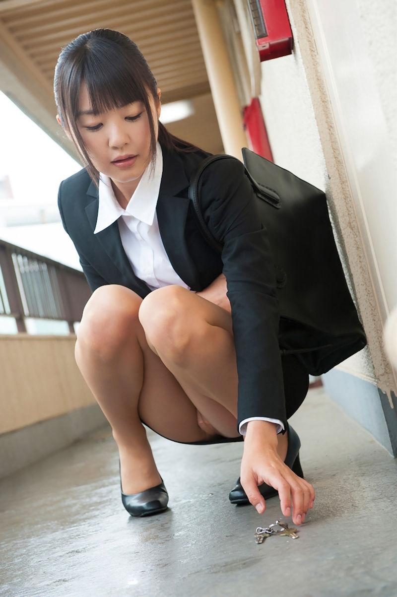 三次元 3次元 エロ画像  スーツ べっぴん娘通信 06