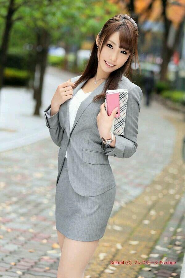 三次元 3次元 エロ画像  スーツ べっぴん娘通信 17