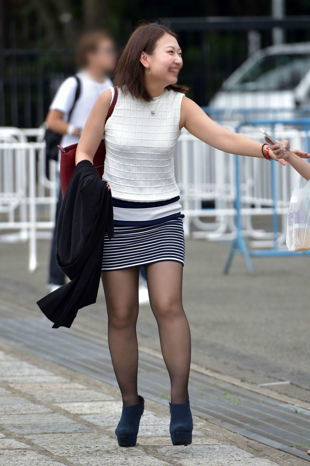 三次元 3次元 エロ画像 黒パンスト 街撮り 素人 美脚  べっぴん娘通信 05