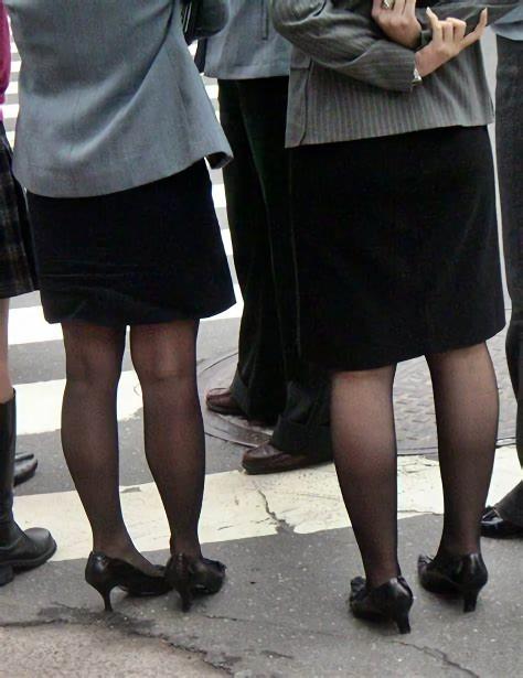 三次元 3次元 エロ画像 黒パンスト 街撮り 素人 美脚  べっぴん娘通信 17