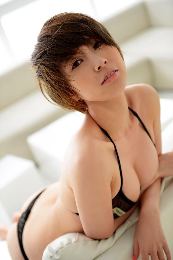 三次元 3次元 エロ画像 ビキニ 水着 ショートカット ショートヘアー べっぴん娘通信 27