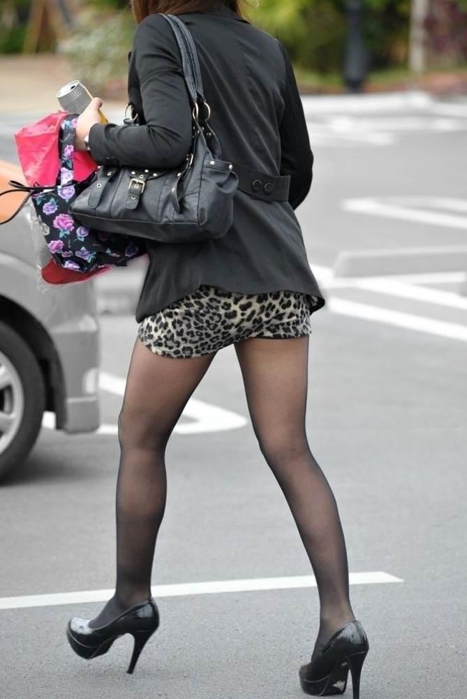 三次元 3次元 エロ画像 黒パンスト 街撮り 素人 美脚 べっぴん娘通信 38