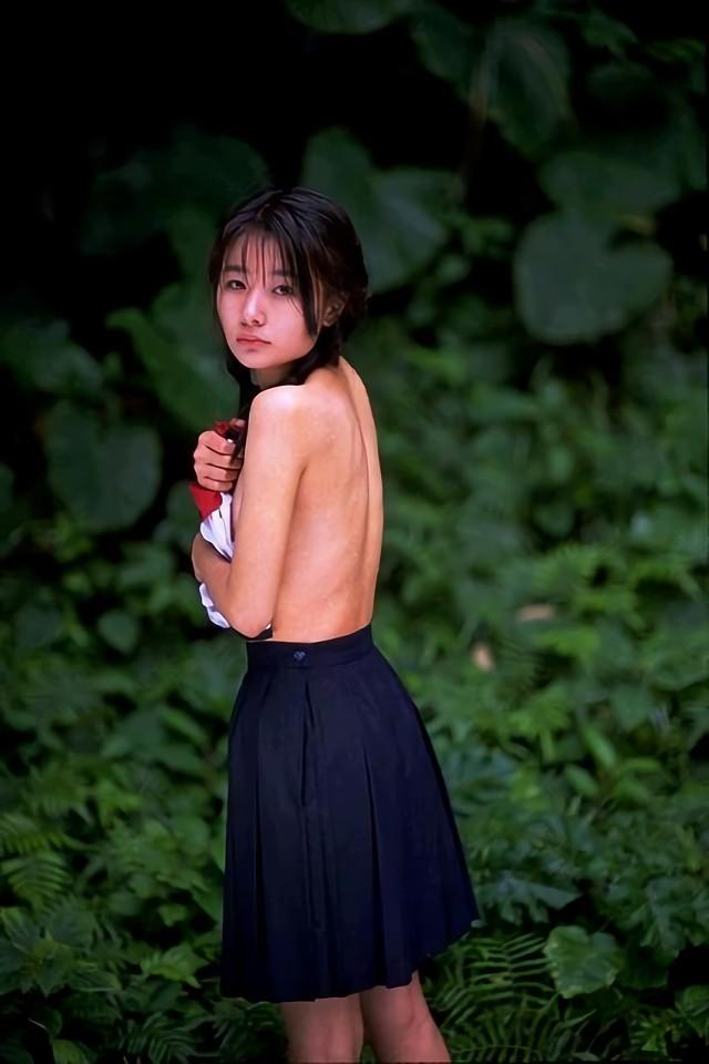 三次元 3次元 エロ画像 スカート ヌード 裸 おっぱい べっぴん娘通信 10