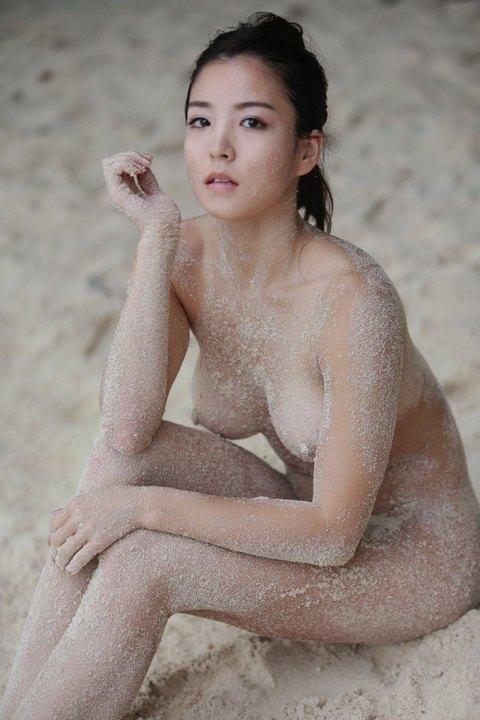 三次元 3次元 エロ画像 ビーチ ヌード 裸 野外 屋外 露出 べっぴん娘通信 14