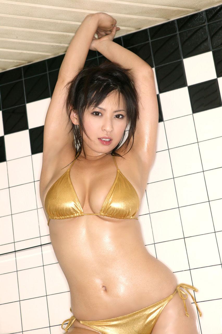 三次元 3次元 エロ画像 ビキニ 金色 水着 べっぴん娘通信 37