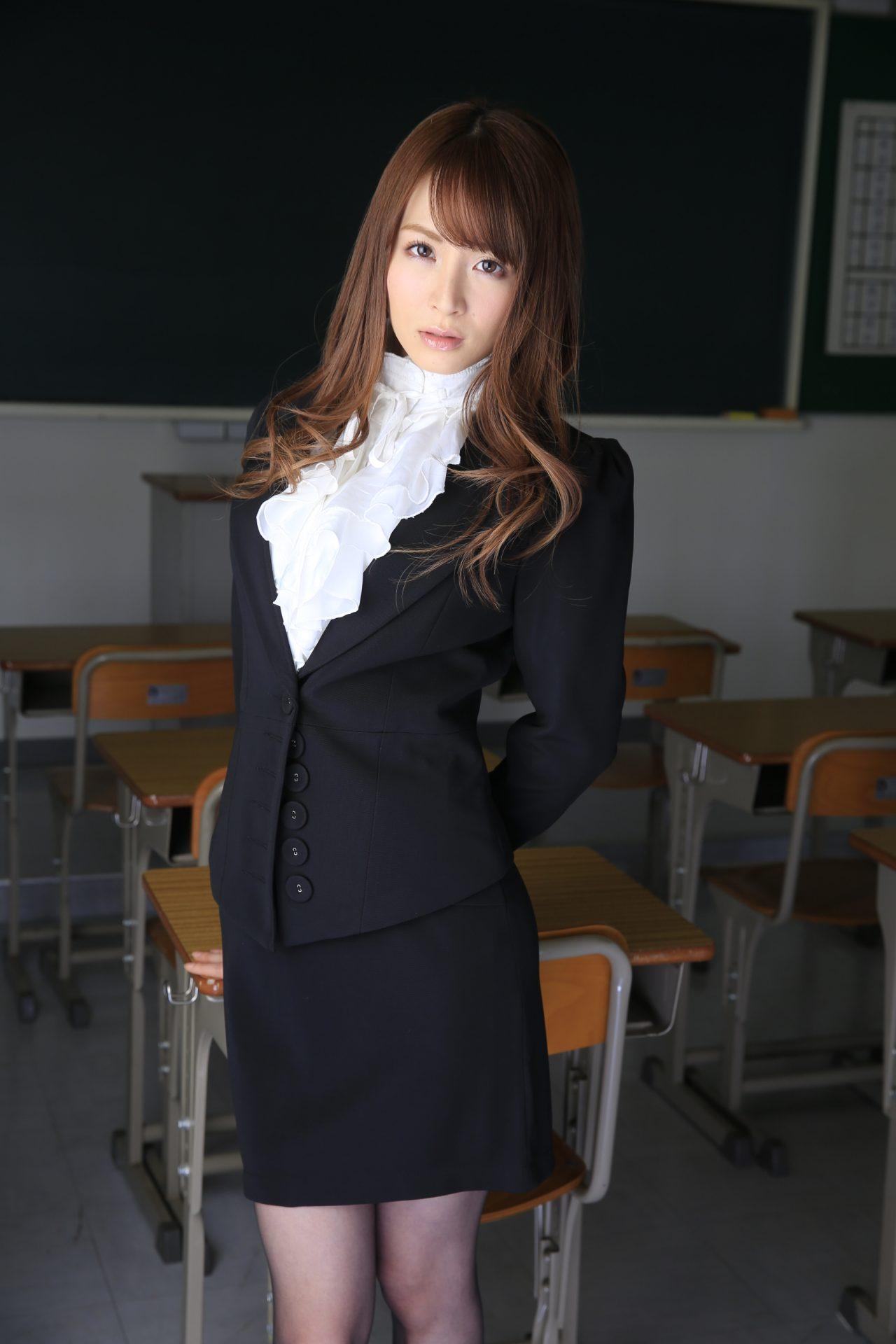 三次元 3次元 エロ画像 女教師 黒パンスト べっぴん娘通信 18
