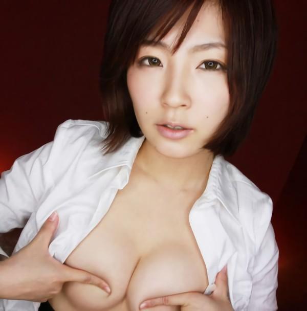 三次元 3次元 エロ画像 指ブラ おっぱい 巨乳 美乳 べっぴん娘通信 04