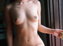 三次元 3次元 エロ画像 ヌード 正座 裸 べっぴん娘通信 01