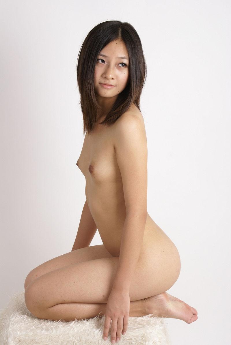 三次元 3次元 エロ画像 ヌード 正座 裸 べっぴん娘通信 24