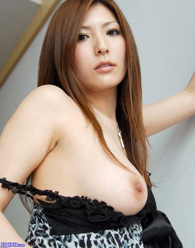 三次元 3次元 エロ画像 片乳 おっぱい ポロリ べっぴん娘通信 24