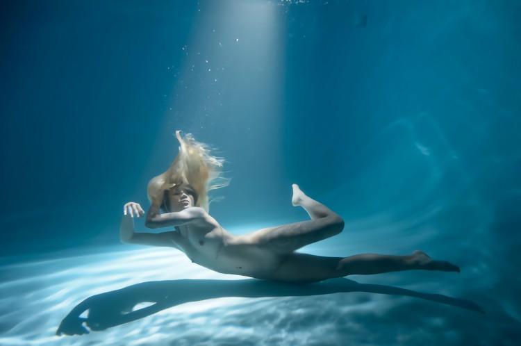 三次元 3次元 エロ画像 水中 ヌード べっぴん娘通信 20