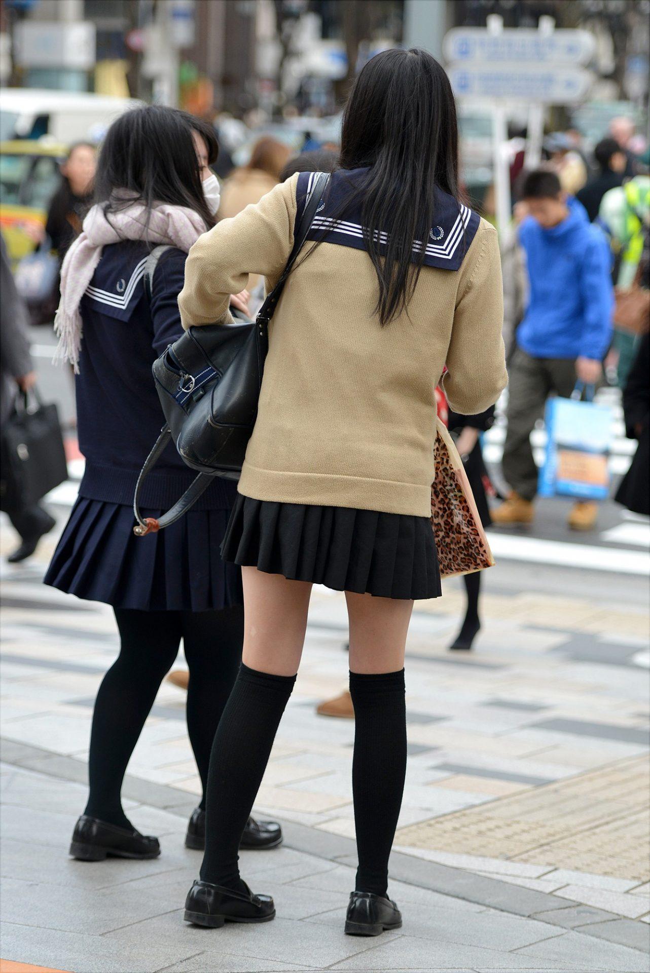 三次元 3次元 エロ画像 女子校生 ニーソ JK 制服 美脚べっぴん娘通信 012