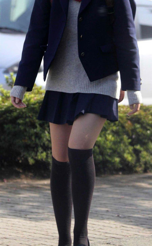 三次元 3次元 エロ画像 女子校生 ニーソ JK 制服 美脚べっぴん娘通信 028