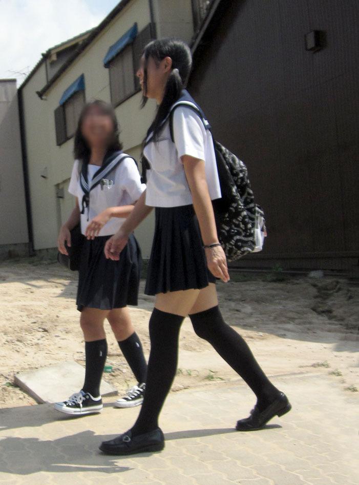 三次元 3次元 エロ画像 女子校生 ニーソ JK 制服 美脚べっぴん娘通信 035