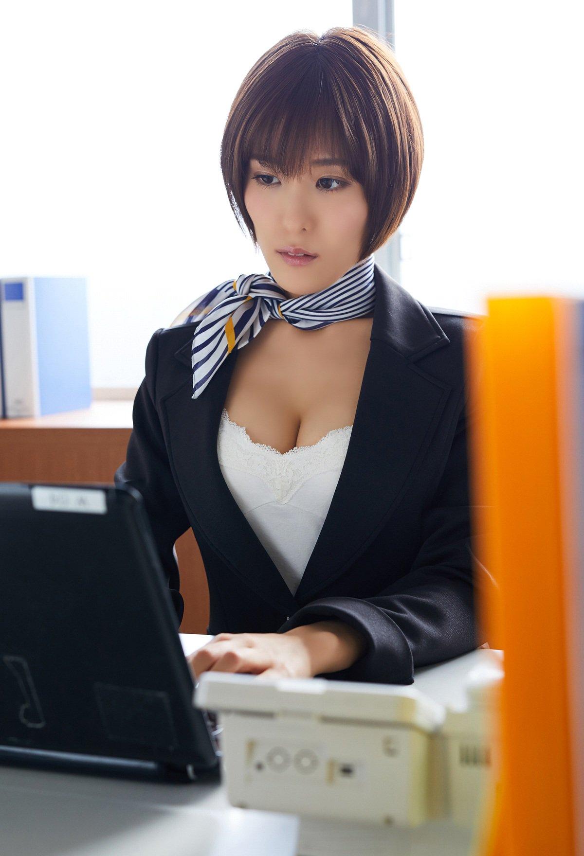 三次元 3次元 エロ画像 スーツ べっぴん娘通信 014