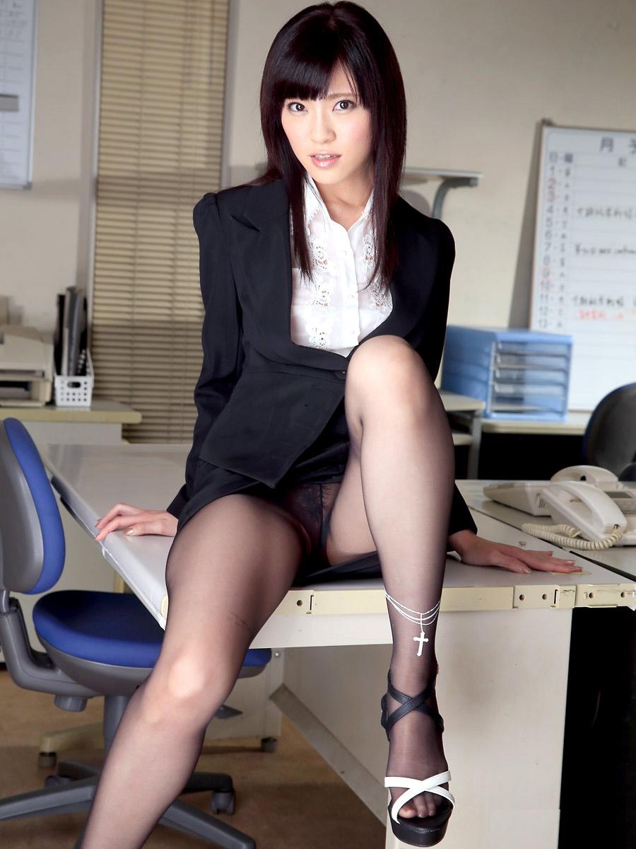 三次元 3次元 エロ画像 スーツ べっぴん娘通信 028