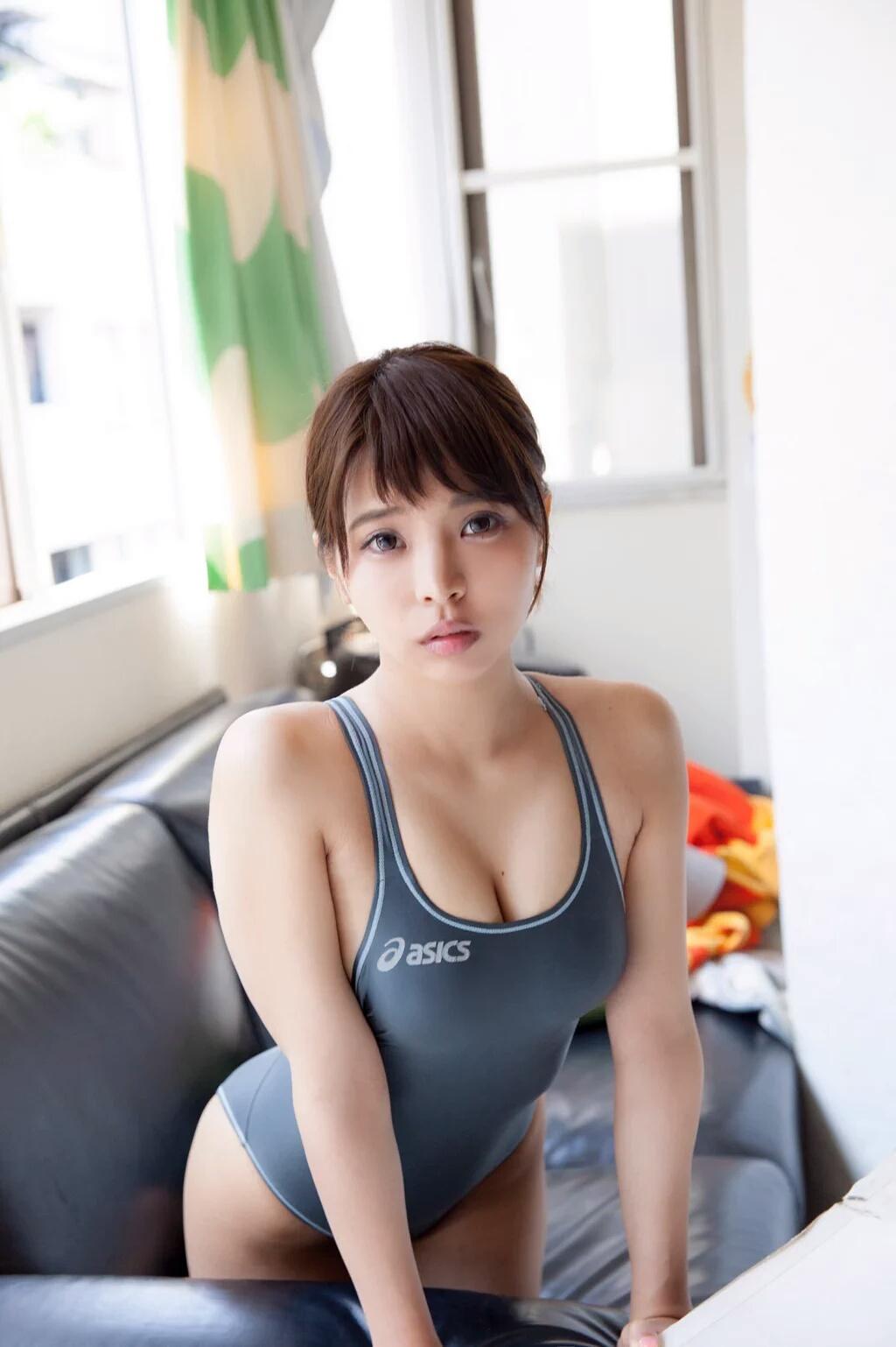三次元 3次元 エロ画像 競泳水着 べっぴん娘通信 001
