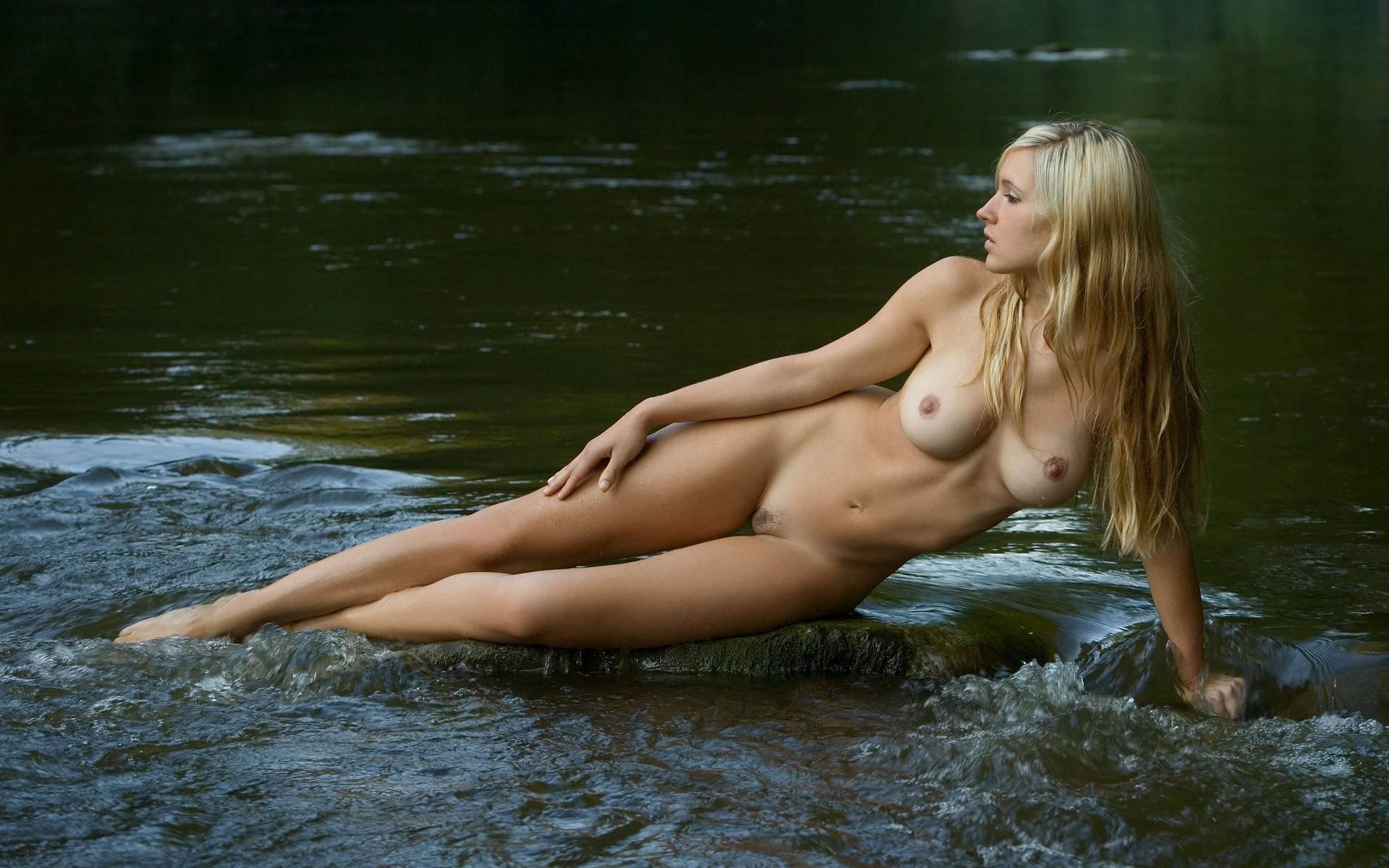 三次元 3次元 エロ画像 大自然 ヌード 裸 べっぴん娘通信 001