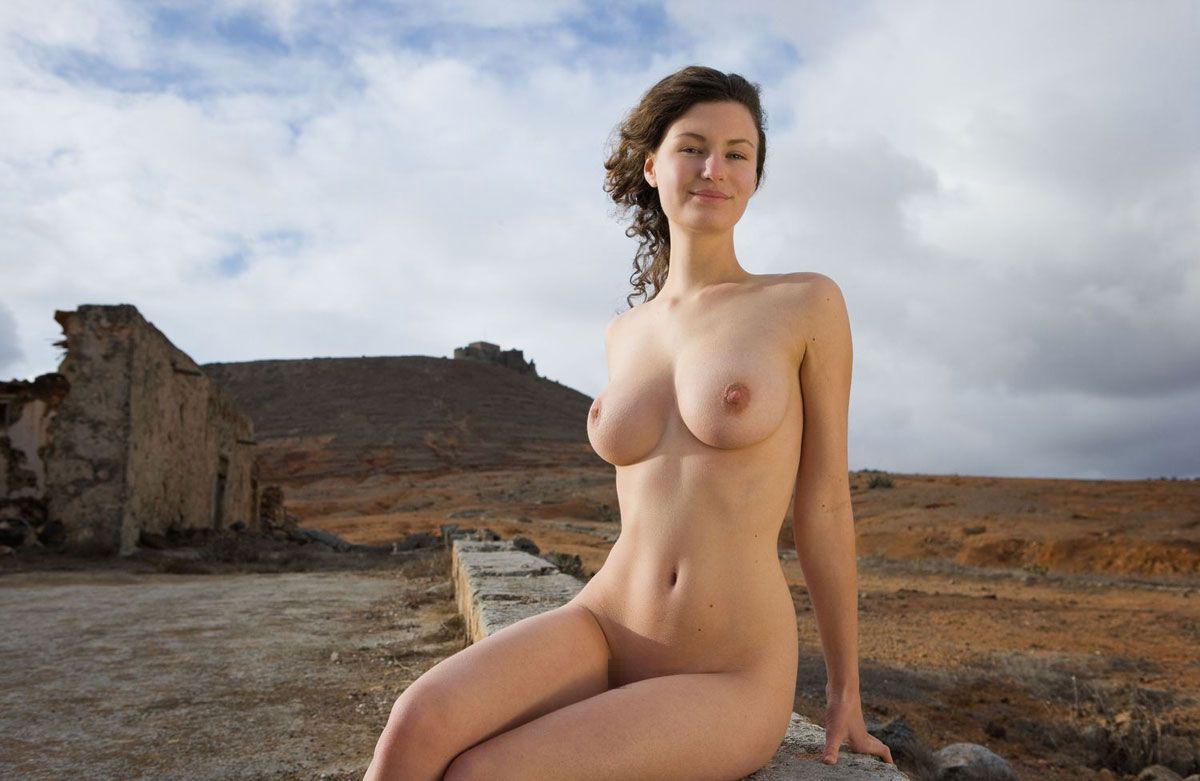 三次元 3次元 エロ画像 大自然 ヌード 裸 べっぴん娘通信 009